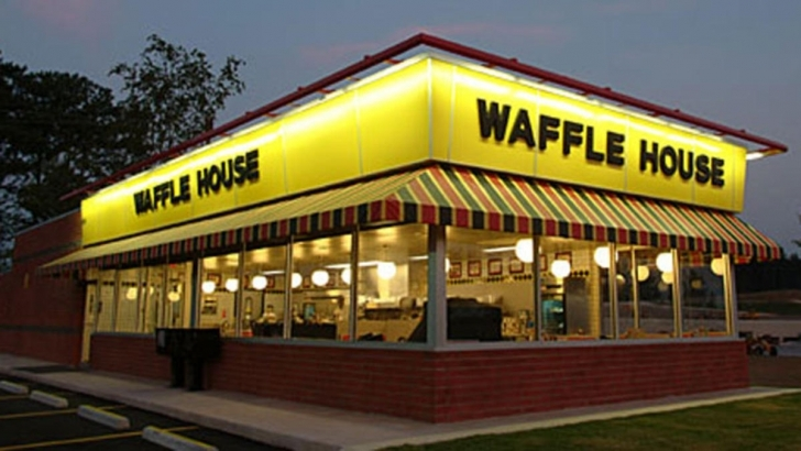Amazing Dallas Woman Sues Waffle House, Claims Discrimination Due To Waffle House Plano Tx Pic