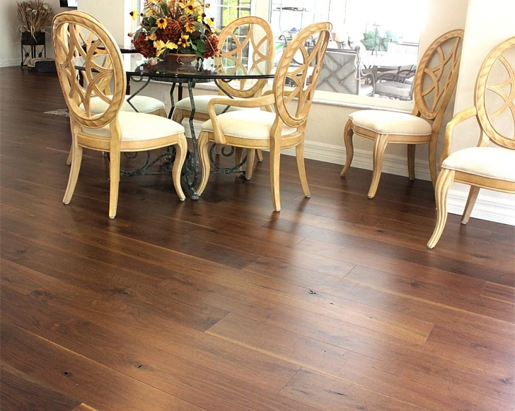 Gorgeous Wide Plank Engineered Hardwood Flooring - Usa Made Wide Plank Walnut Flooring Pic