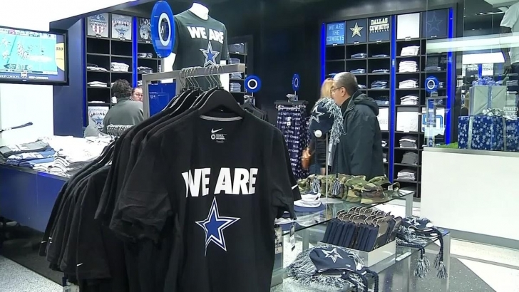 Latest Fans Craving Cowboys Merchandise - Nbc 5 Dallas-Fort Worth Rally House Plano Photo