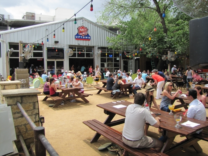 Most Inspiring Katy Trail Ice House Has Awesome Barbecue | Cravedfw Katy Trail Ice House Plano Picture